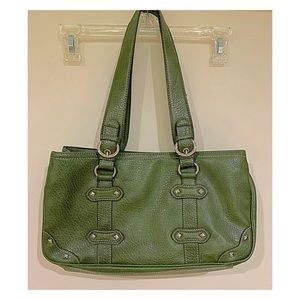 Nine West hunter green bag w/silver tags details